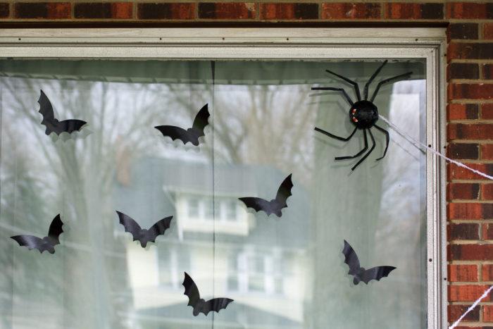 Duck Tape® Bat Decorations for Halloween
