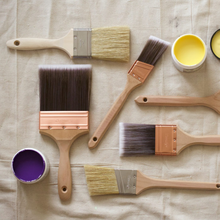 An assortment of paint brushes