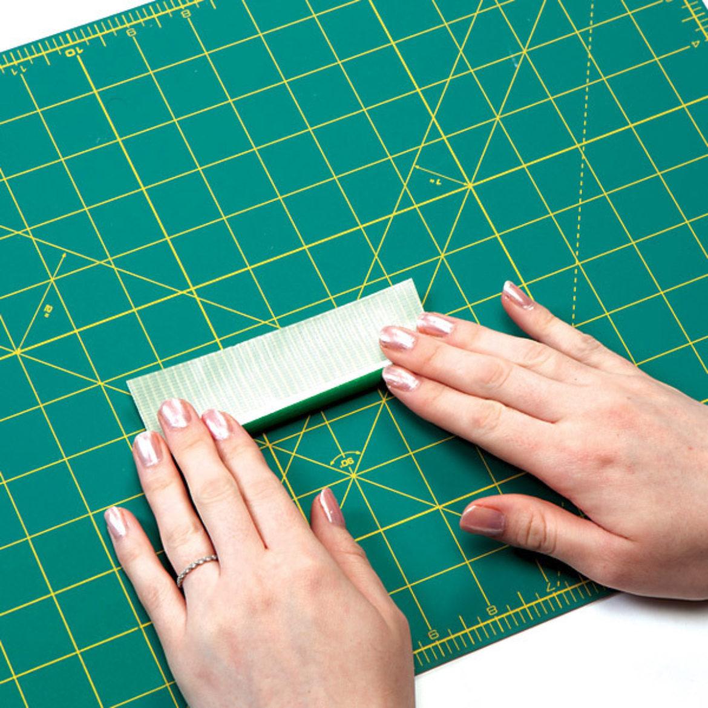 Roll the pen in green Duck Tape