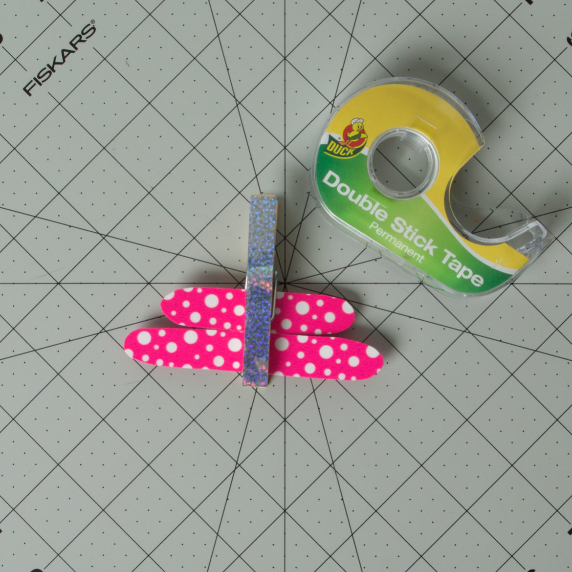 Dragonfly Clothespin Step 5