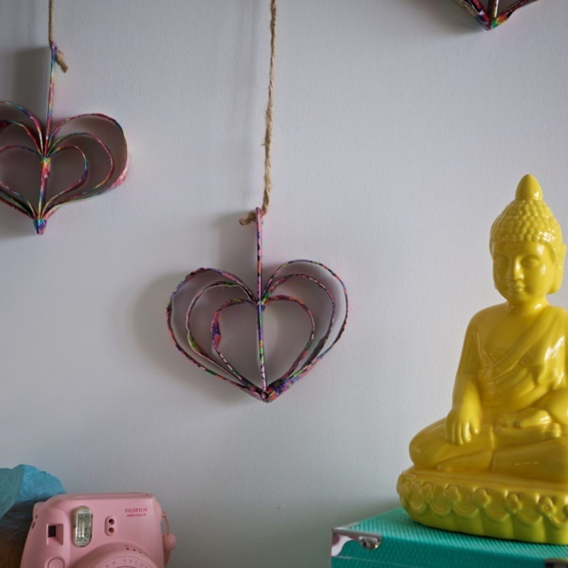 How-To: Duck Tape® Hanging Heart Décor