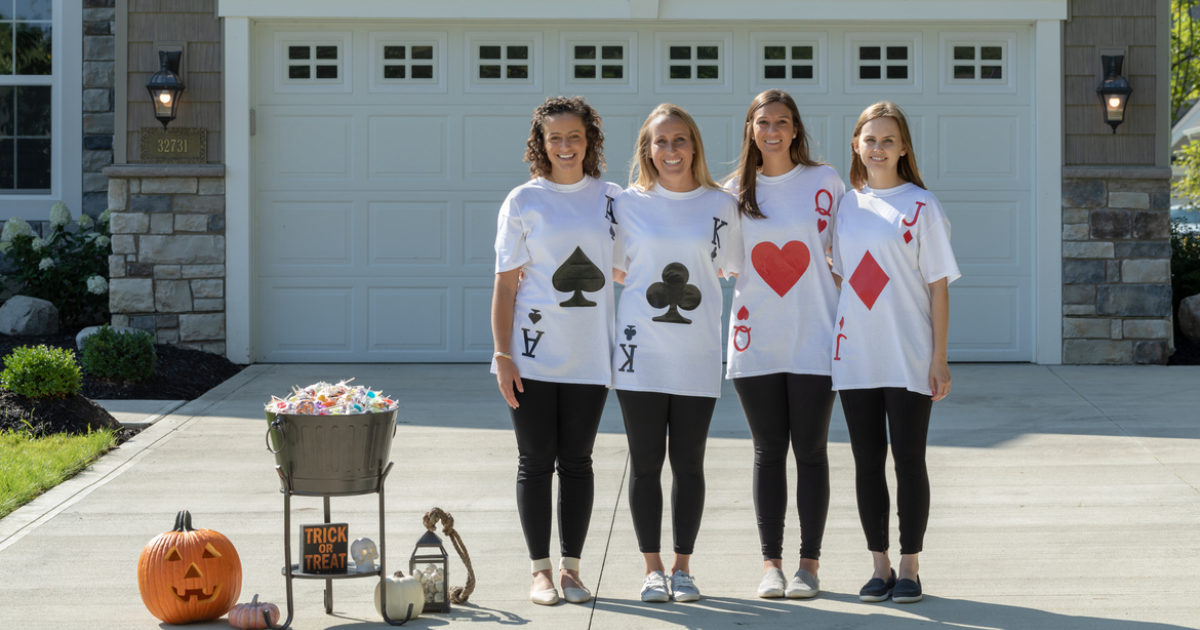 Diy How To Make A Playing Card Costume Out Of Duck Tape