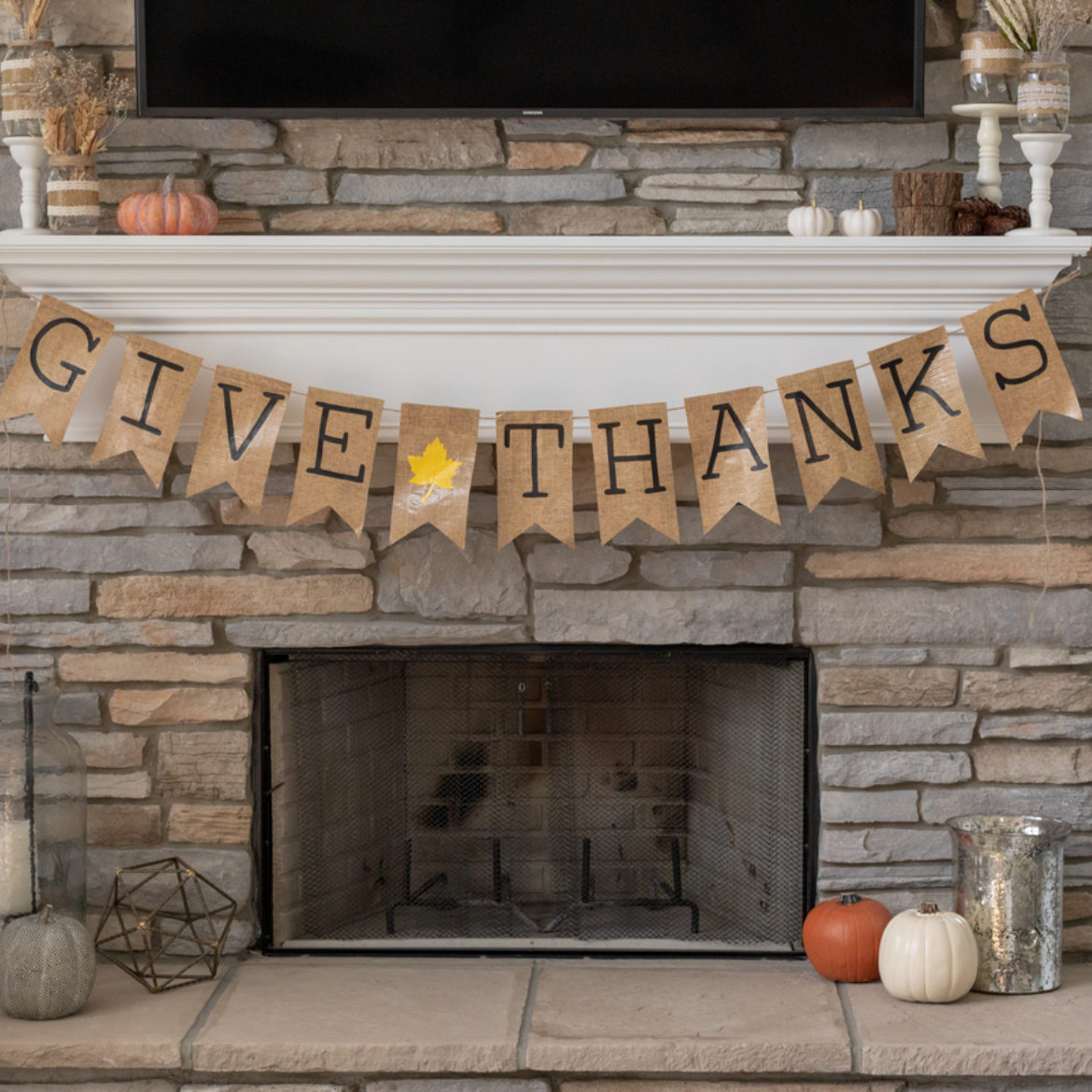Thanksgiving Diy Decor How To Make A Give Thanks Banner