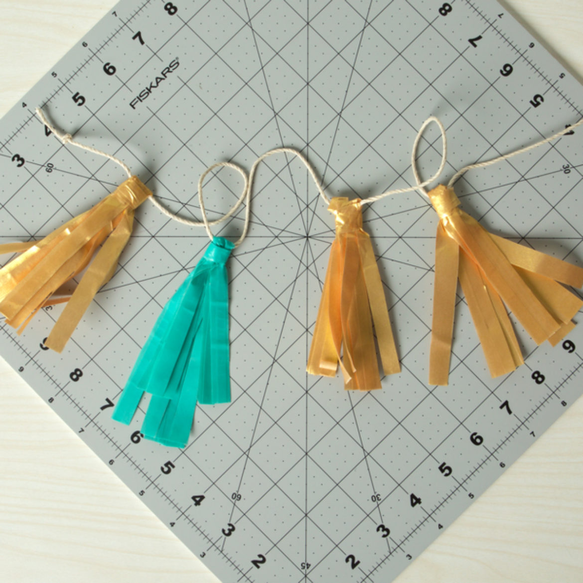 Small Tassle Garland Step 4
