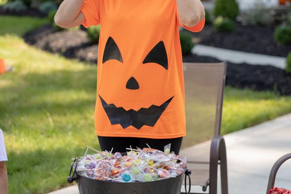 pumpkin-tshirt-costume.jpeg#asset:8173