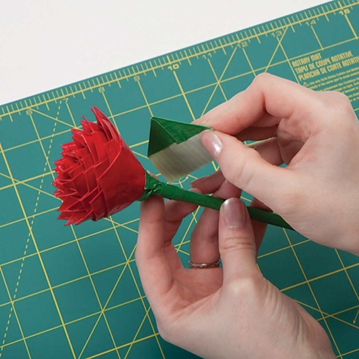 How To Duck Tape Rose Pens Duck Brand