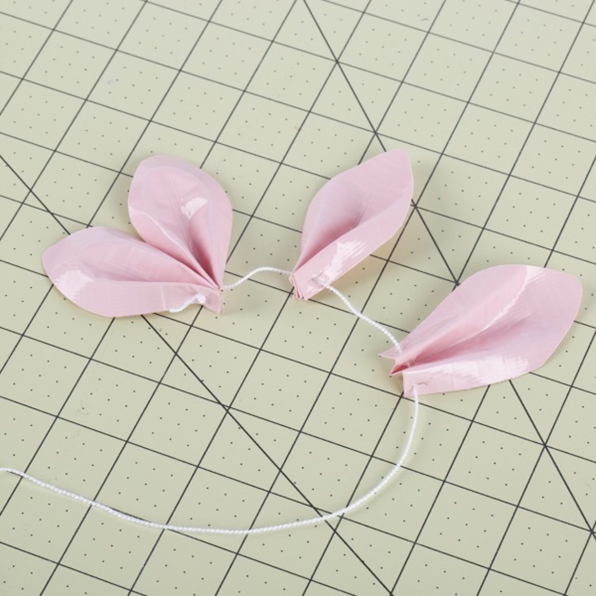 previous petal making steps repeated until there are 6 petals