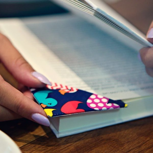 Duck Tape Crafts How To Make A Corner Bookmark With Laur Diy